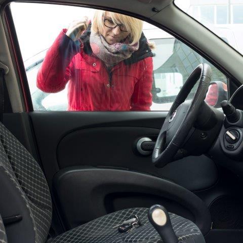 Awaryjne otwieranie samochodów Warszawa Centrum